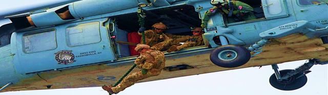 Rapelling - US Navy