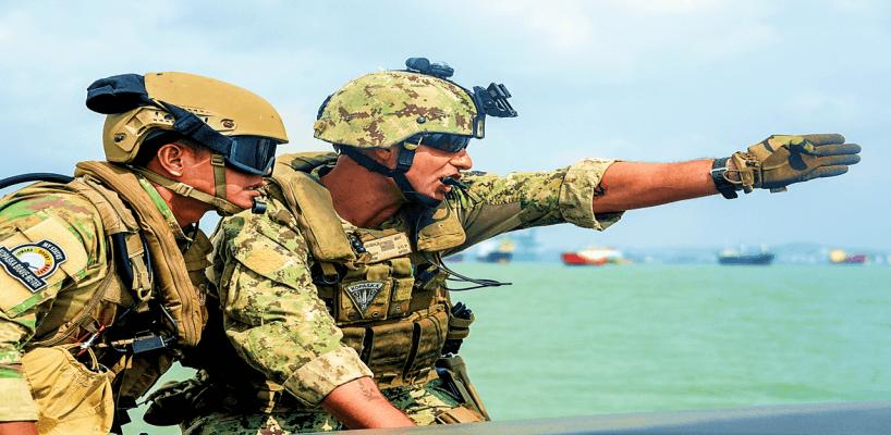 That way! - US Navy Photo