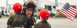Daddy's back - US Navy photo